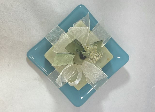 Click to view more Dishes with Soap Gift Suggestions